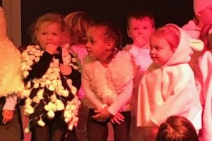EYFS Nativity 12
