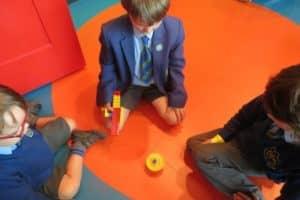 Y1 Legoland 10 800X600