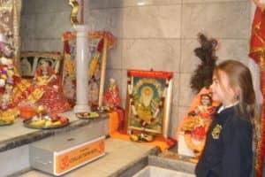 Hindu Temple Visit 7 800X600