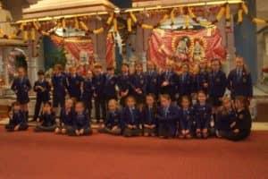 Hindu Temple Visit 9 800X600