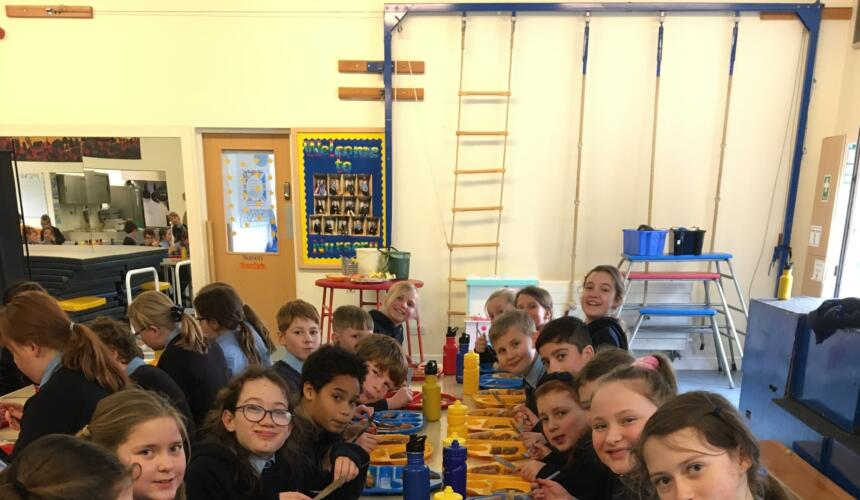 Year 6's favourite school dinners & puddings