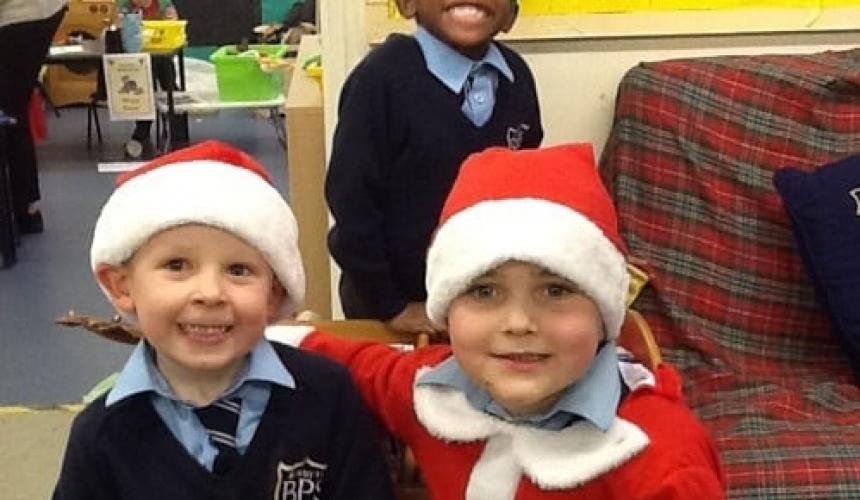 A Cracking Start to Christmas in Reception