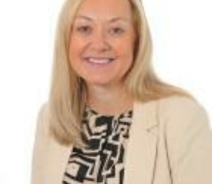 Mrs Lindsay McKenna