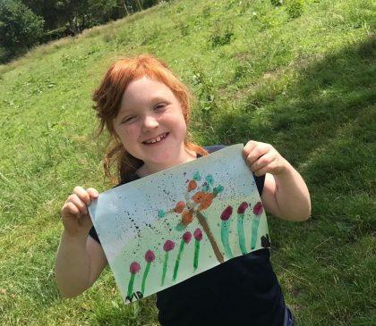 Year 2 take Art outdoors